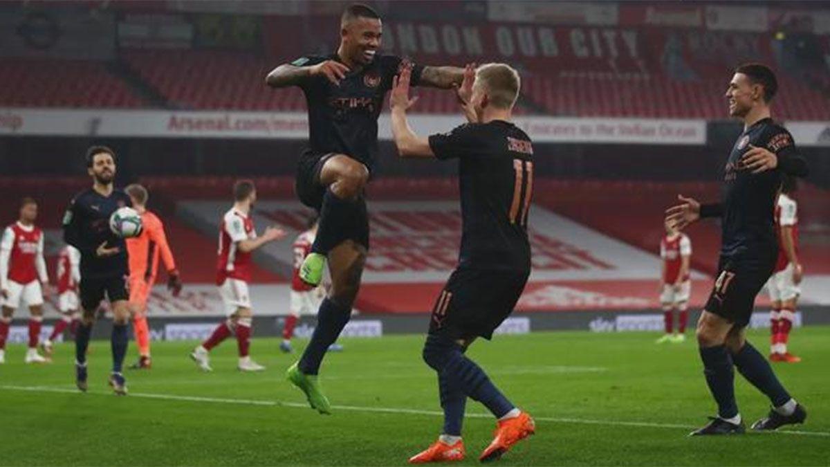Manchester City goleó a Arsenal y avanzó a las semifinales