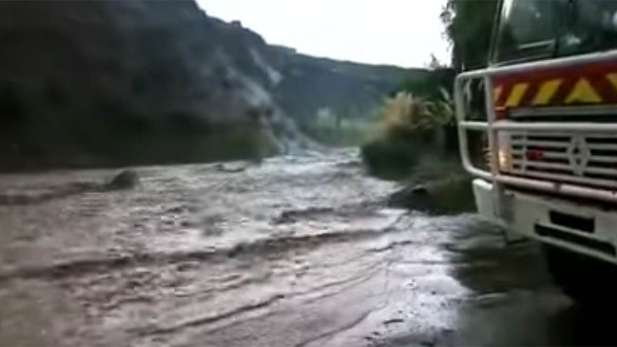 Video: así fue el desborde un río en Potrerillos por la tormenta