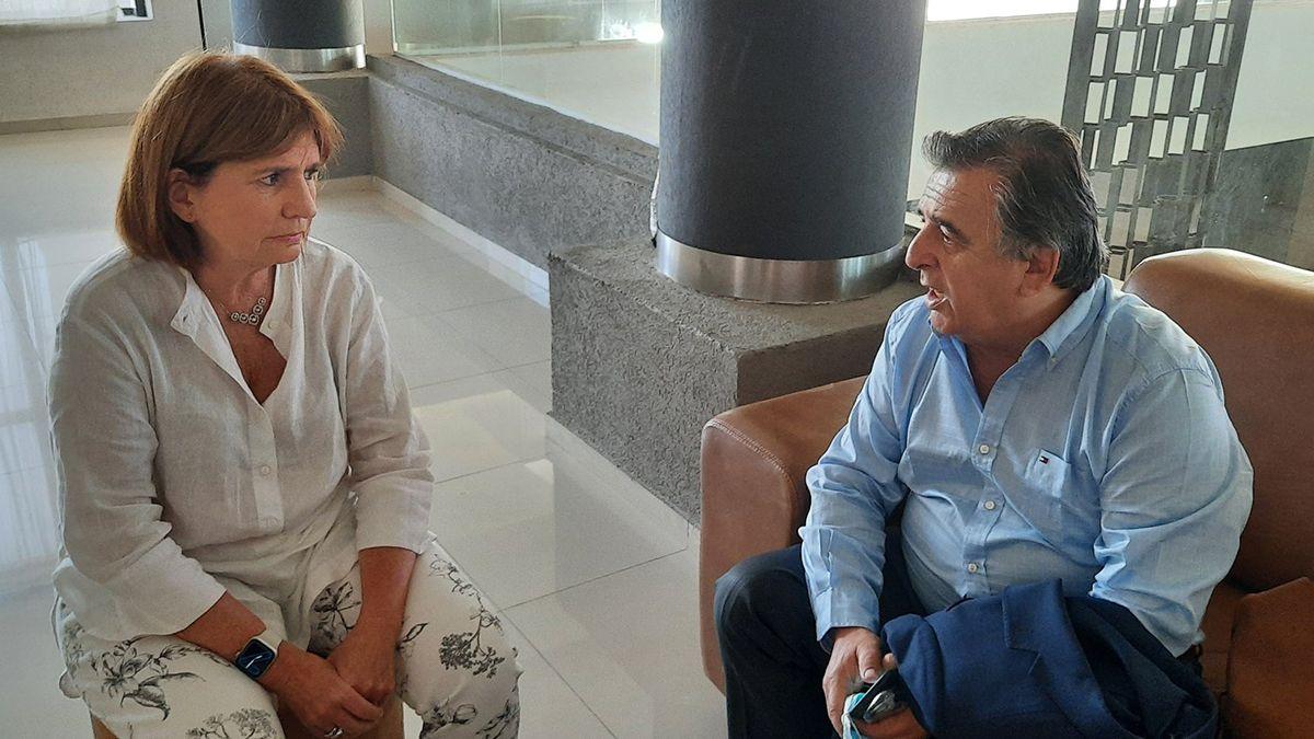 Patricia Bullrich junto a Mario Negri en Córdoba.