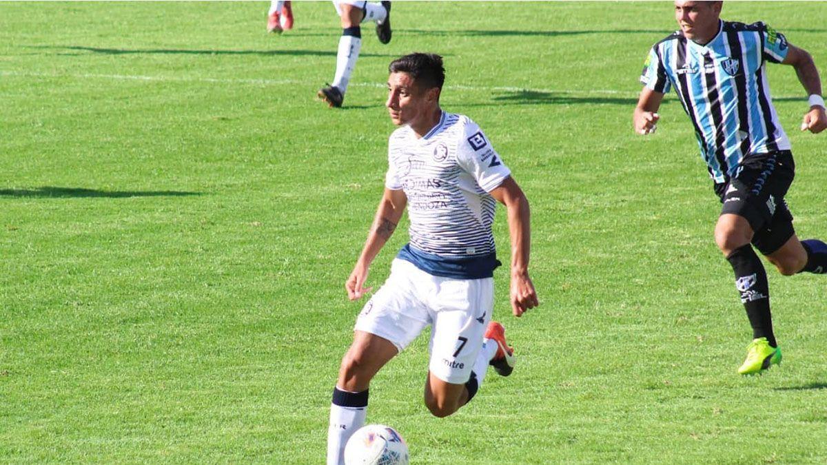 El volante Ignacio Castro hizo su debut ante Almagro.