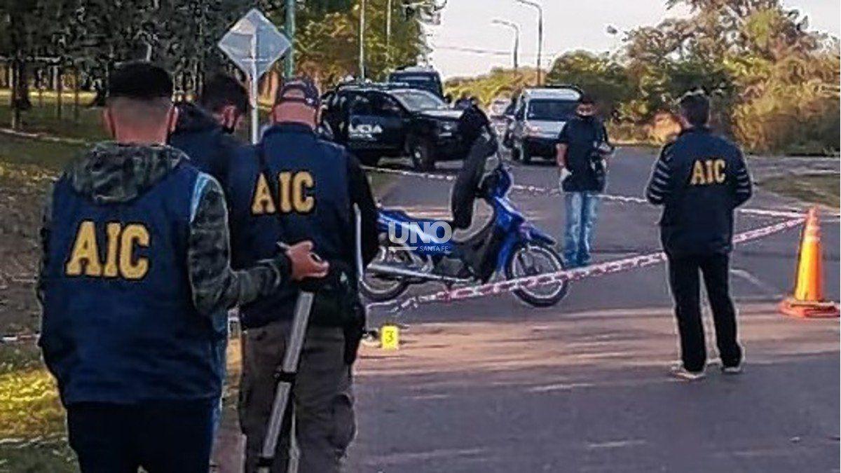 El adolescente de 15 años se trasladaba en una moto por un acceso de la ciudad de Santo Tomé y la herida en la cabeza le provocó la muerte