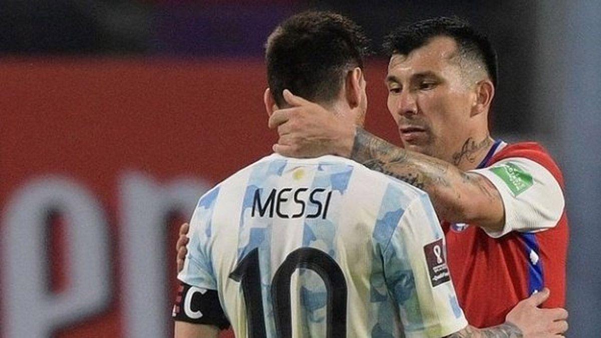 Messi y Gary Medel se amigaron y hubo posteos especiales