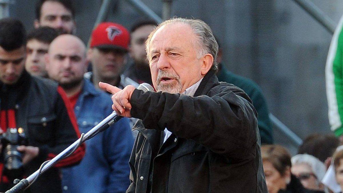 Hugo Yasky avanza por un decreto de aumento salarial.