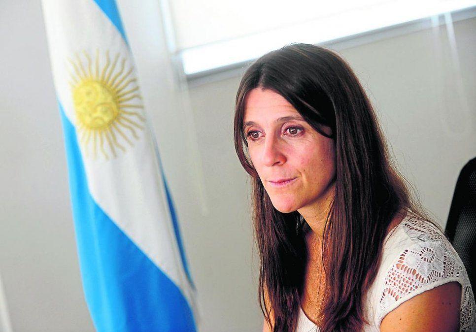 Inés Arrondo, a cargo de la Secretaría de Deportes, está en conflicto con el Enard.