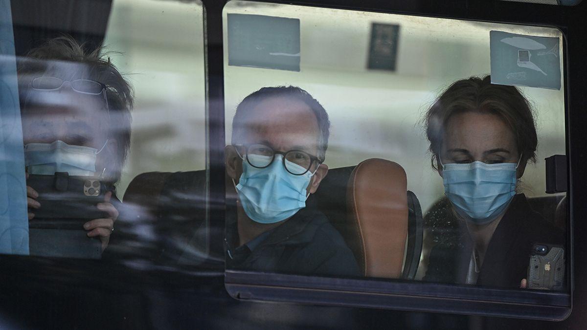 Expertos de la Organización Mundial de la Salud (OMS) abandonn su hotel en Wuhan para comenzar la investigación sobre el coronavirus.
