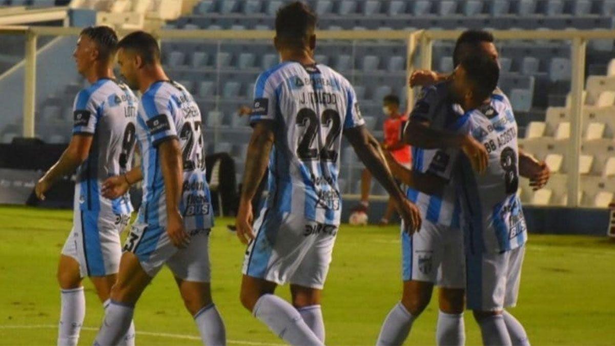 Atlético Tucumán se lo dio vuelta a Patronato y tuvo su primera alegría