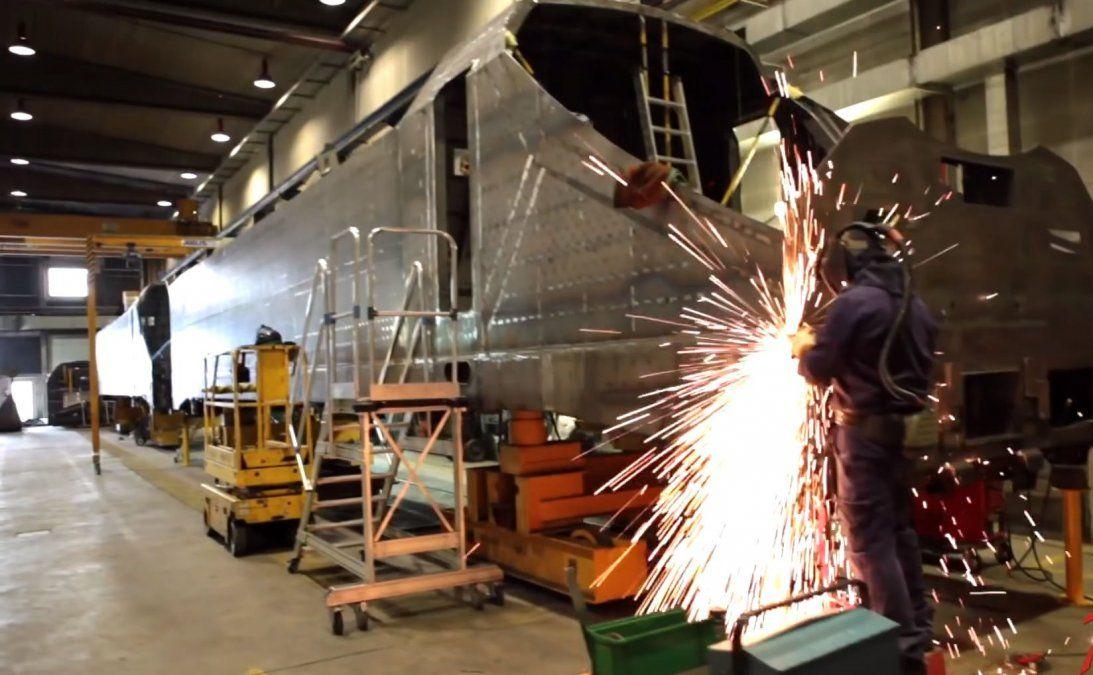 Kulfas destacó una recuperación en el sector industrial