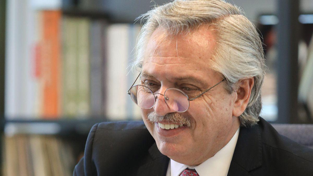 Alberto Fernández encabezó una videoconferencia del Partido Justicialista sobre las políticas a implementar para llevar adelante los objetivos del Movimiento Arraigo.