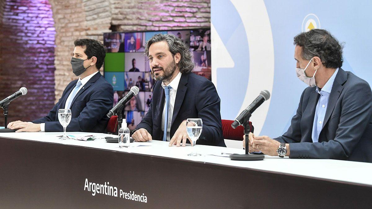 Gabriel Katopodis(derecha) criticó a la oposición por su accionar durante la pandemia de coronavirus durante un acto junto a De Pedro y Cafiero.
