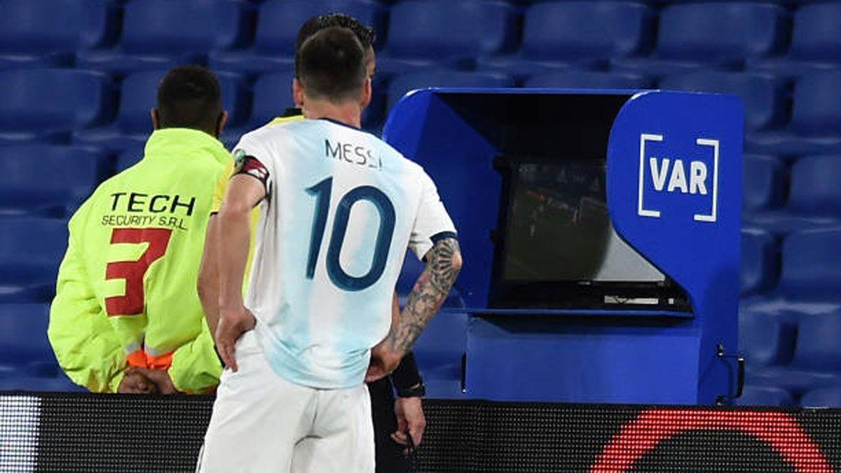 Conmebol explicó por qué le anularon el gol a Lionel Messi