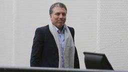 Así el ministro Dujovne esquivaba a la prensa tras la escalada del dólar