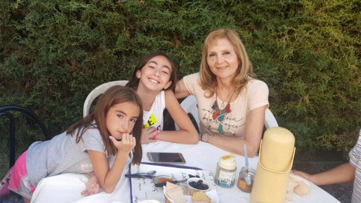 En la foto están las hijas de Cristian Lucchetti