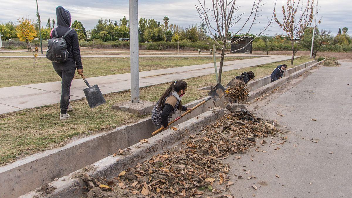 Agrupaciones sociales comenzaron a limpiar San Martín.