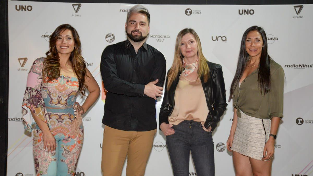 Gisela Campos, Gabriel Sotelo,Paola Piquer gerenta editorial de Grupo América Cuyo y Sabrina Salvi gerenta comercial de Grupo América Cuyo.