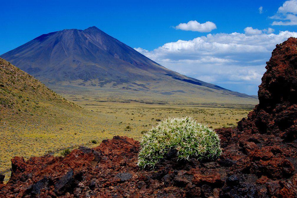 La Payunia fue escenario de parte del documental que recorre ocho sitios ocultos de Argentina.