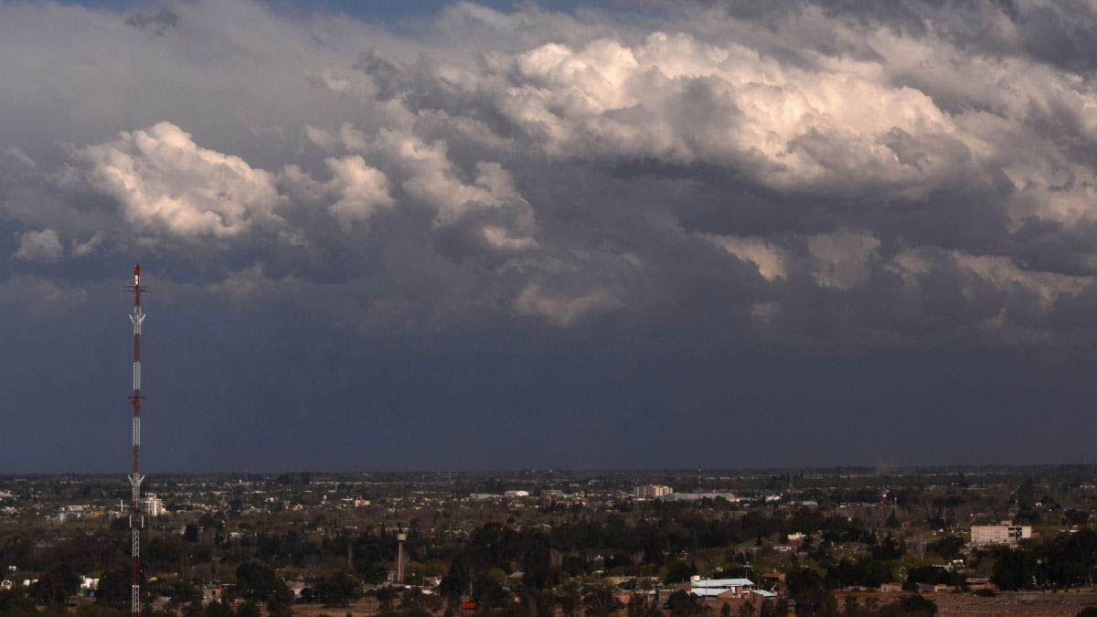 Alerta meteorológico por tormentas y vientos intensos con ráfagas en Mendoza