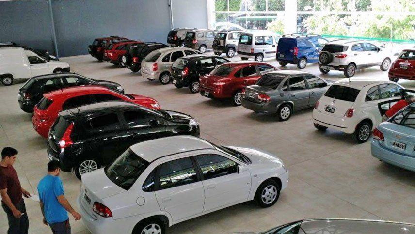 La venta de autos usados tuvo un repunte en agosto pero los concesionarios advierten por los precios