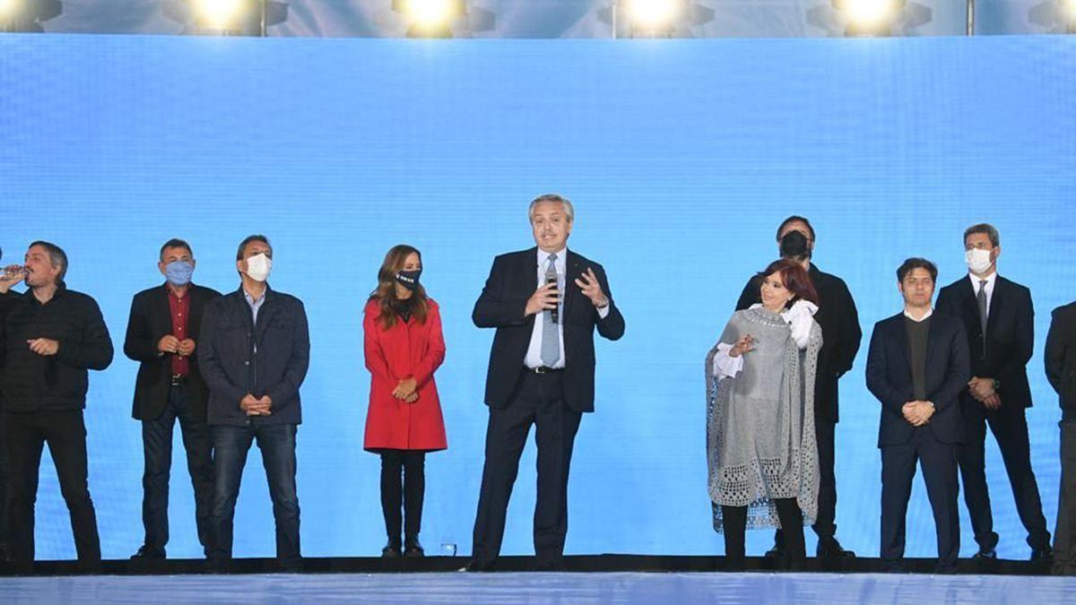 El presidente Alberto Fernández durante el cierre de la campaña para las PASO 2021 del Frente de Todos a nivel nacional en Tecnópolis