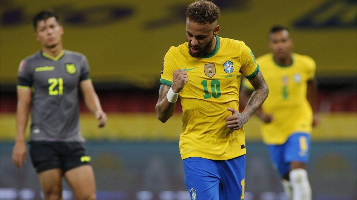 Neymar marcó un gol para Brasil