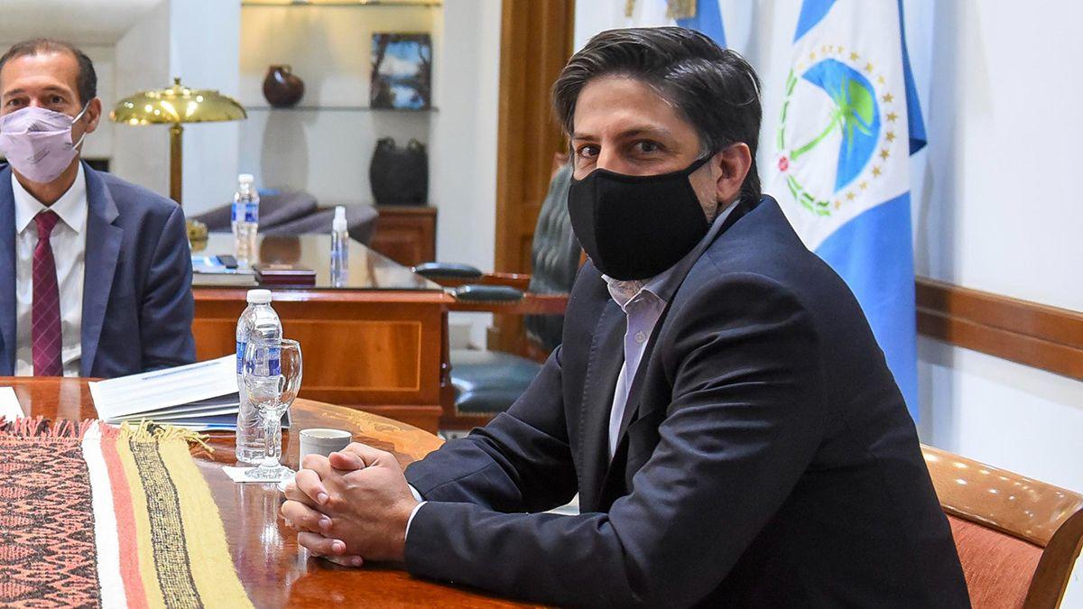 Nicólas Trotta visitó Neuquén para dialogar sobre las clases presenciales. El ministro crioticó a Maurico Macri por la política educativa.