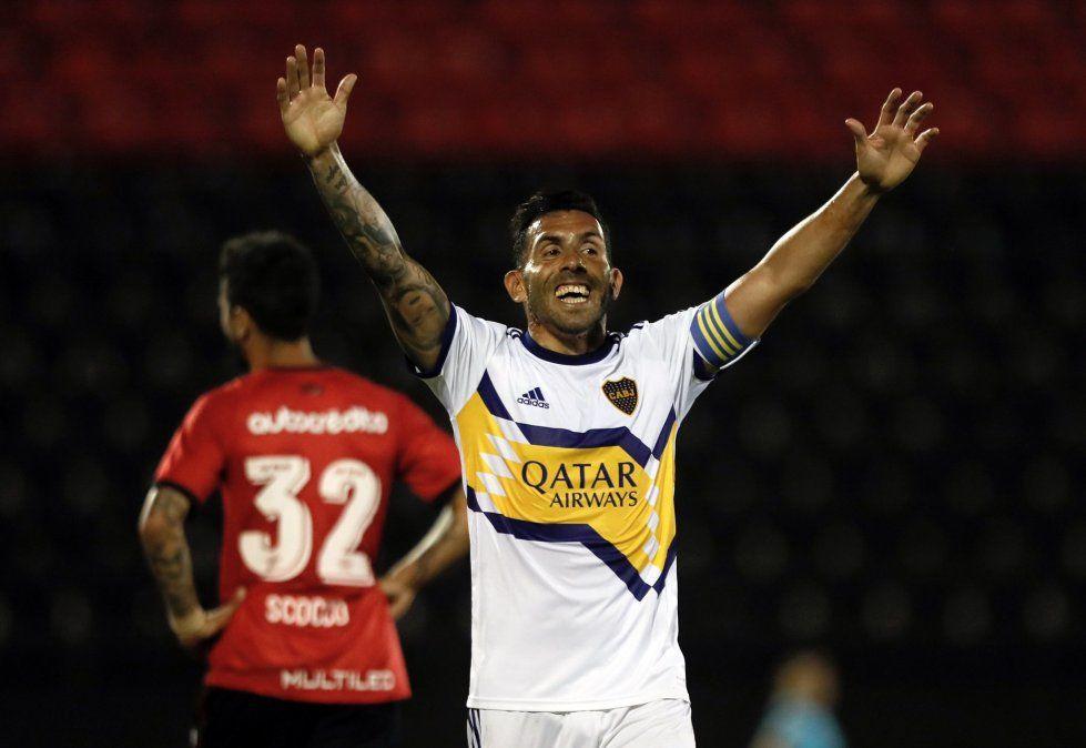 Carlitos Tevez atraviesa un gran momento pero sufre en lo familiar.