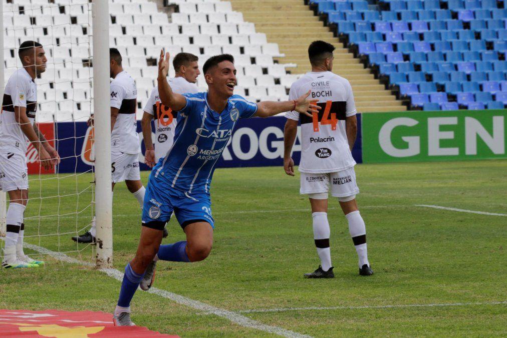 Ezequiel Bullaude gritando su gol ante Platense