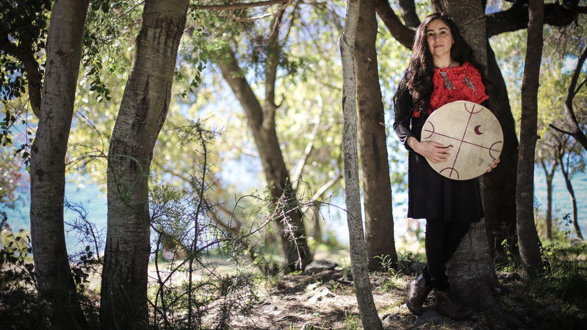 La cantora mapuche Anahi Mariluan realiza su primer concierto vía Streaming