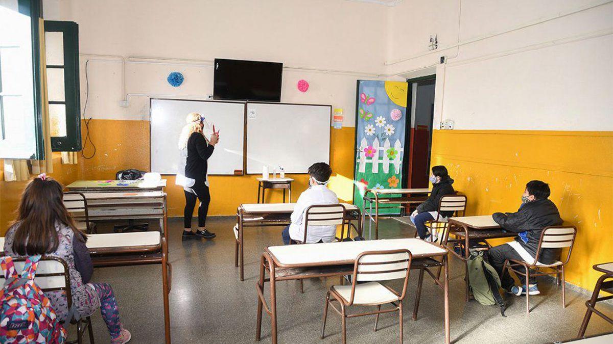 En la vuelta a clases en 2021 la convivencia en las aulas estará signada por el distanciamiento