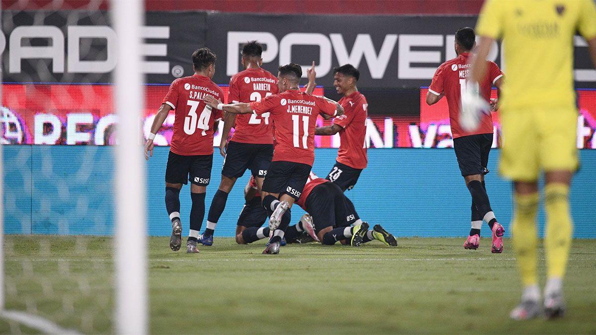 En un final dramático, empataron Boca e Independiente