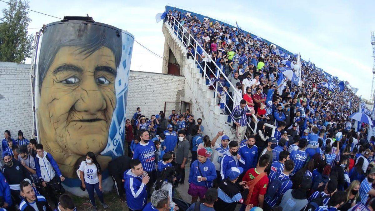 El festejo del centenario de Godoy Cruz terminó con escándalo.