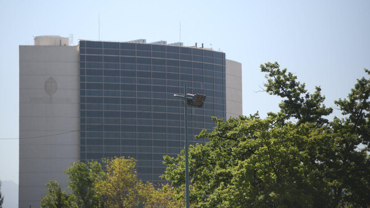La megatorre del Hotel Intercontinental está frente al Shopping