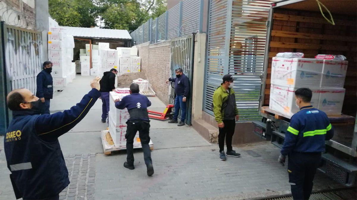 Llegaron a Mendoza 29.400 dosis de vacunas Sputnik V