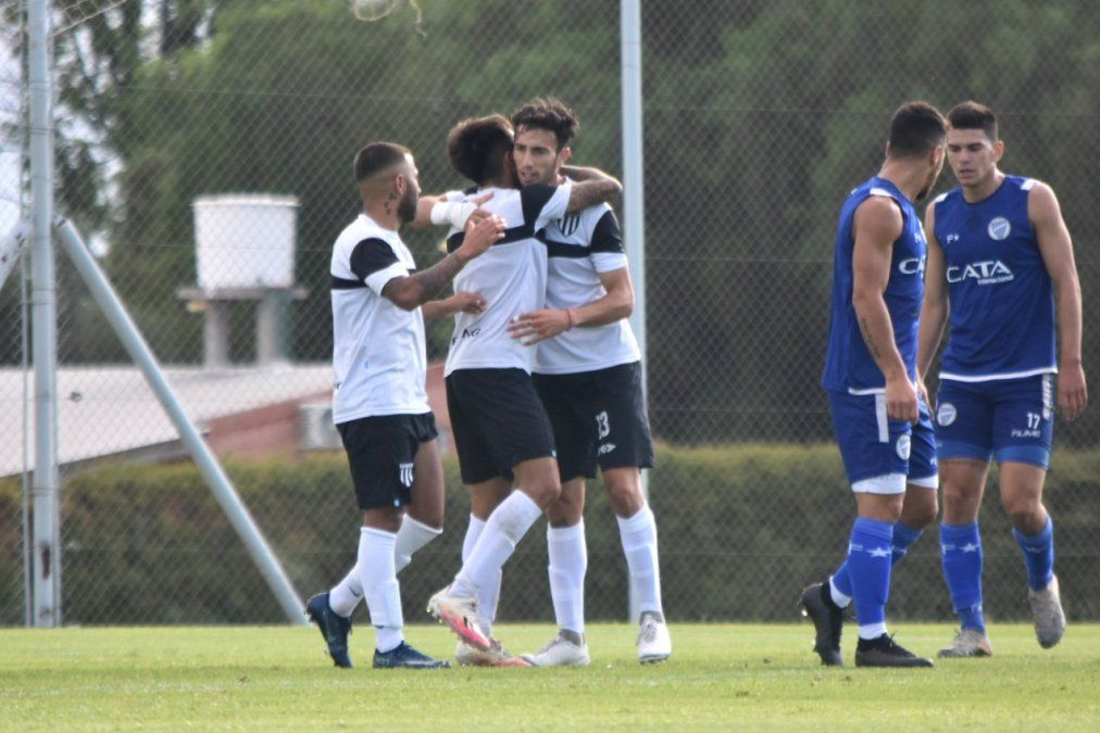 Gimnasia superó a Godoy Cruz en un amistoso