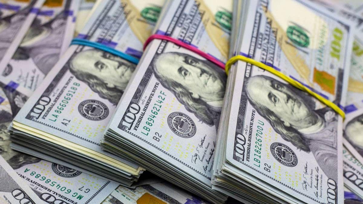 Los depósitos en dólares cerrarán el año con caída del 22%