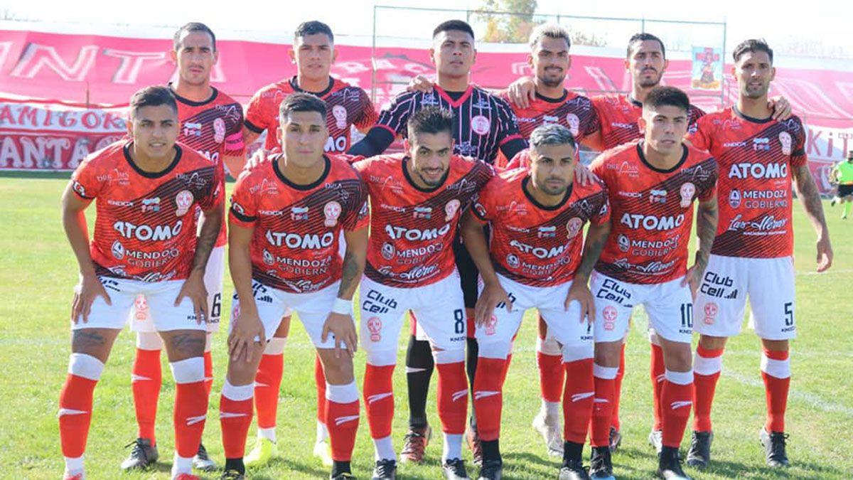 El plantel de Huracán Las Heras espera por la reanudación del Federal A.