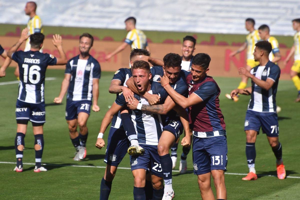 Talleres goleó a Rosario Central y es el líder de la Liga Profesional de Fútbol.