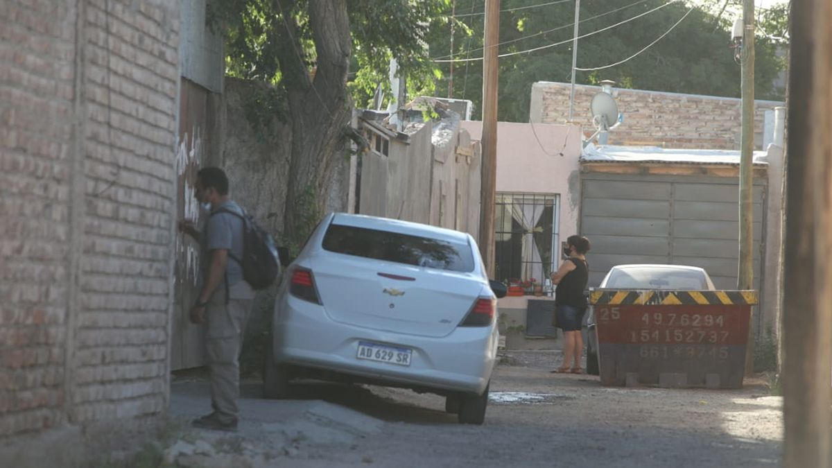 El pasaje Berra. Allí está la casa donde ocurrió el femicidio de Florencia Romano. No habría estado Micaela Méndez en el momento de los hechos.