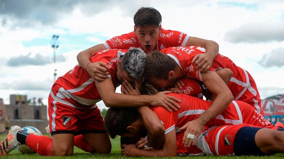 Deportivo Maipú ganó la final del Reducido del Federal A y jugará la Primera Nacional. (Fotos Martín Pravata/UNO).