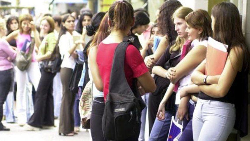 La desocupación golpeó más a la mujeres durante la pandemia.