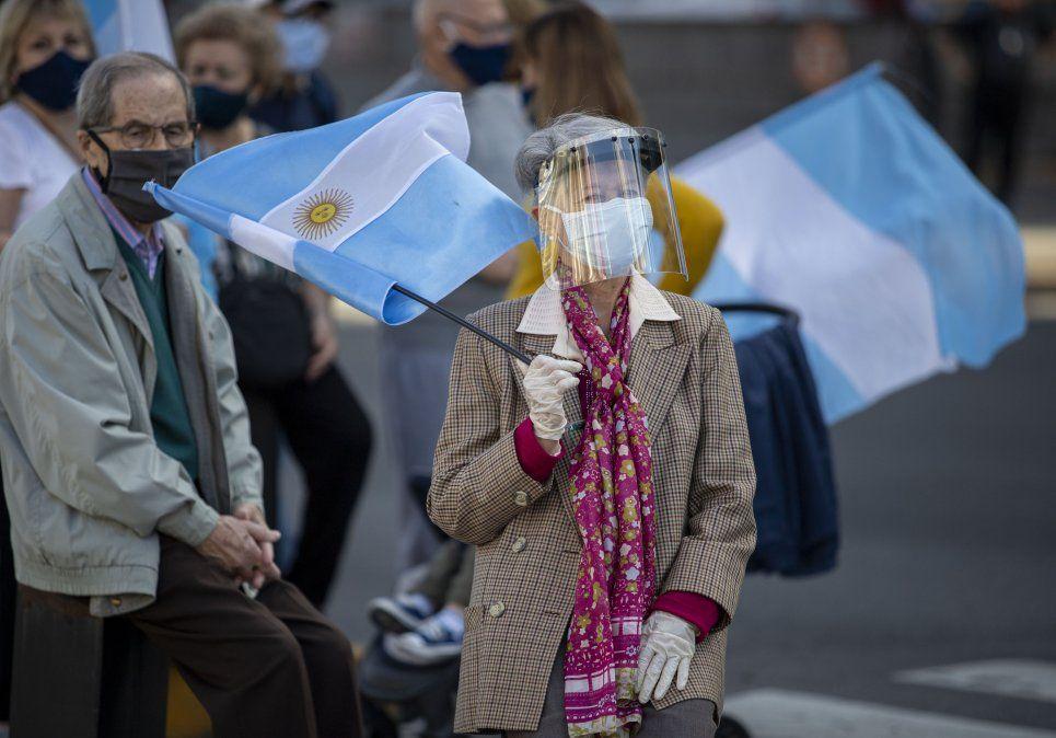 Coronavirus en Argentina. Esta vez la cntidad de contagios no superó los 10 mil.