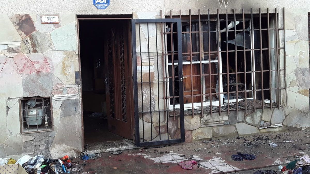 Una mujer de 70 años y sus dos nietas murieron en un incendio en su casa de Guaymallén