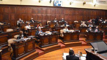 Diputados trata tres leyes claves para Rodolfo Suarez