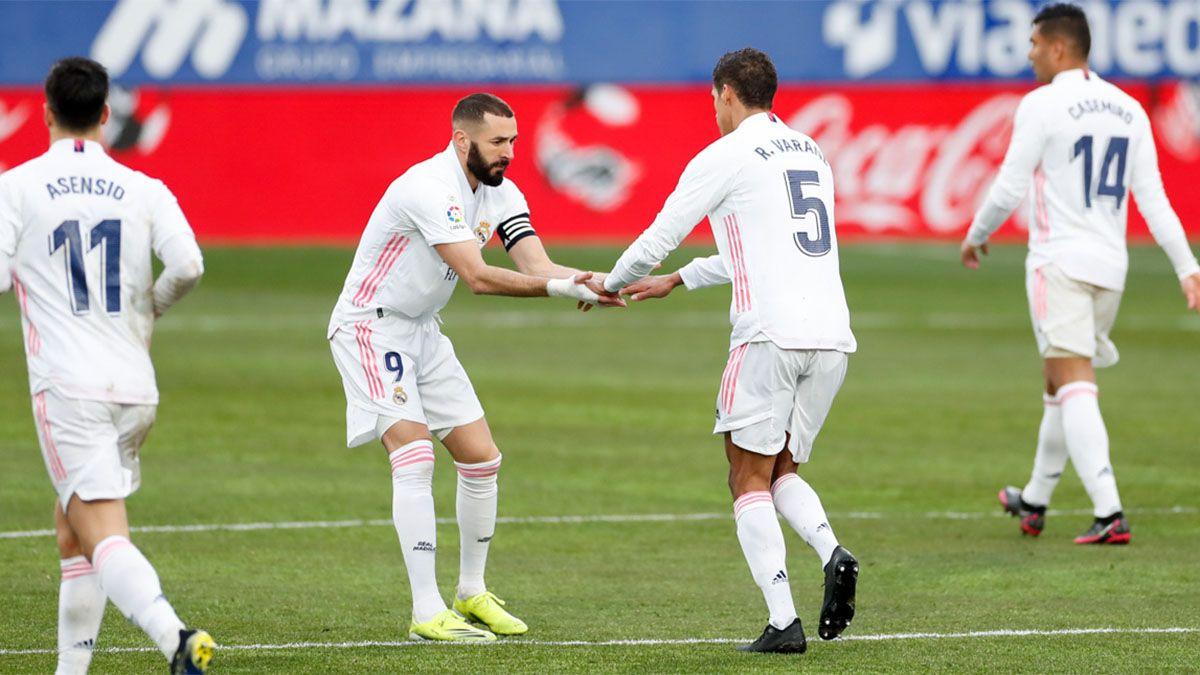 Real Madrid, con un doblete de Varane, derrotó al Huesca