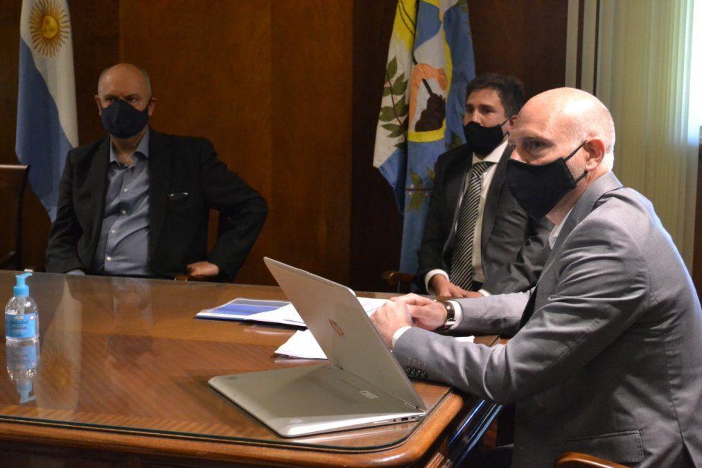 Una de las tantas recorridas de Dalmiro Garay por dependencias del Poder Judicial de Mendoza.