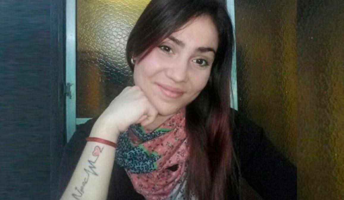 Emilce Gajes estaba viviendo en la casa de su pareja para recuperar la tenencia de su bebé. Pero este miércoles apareció muerte en un terreno cercano a la vivienda