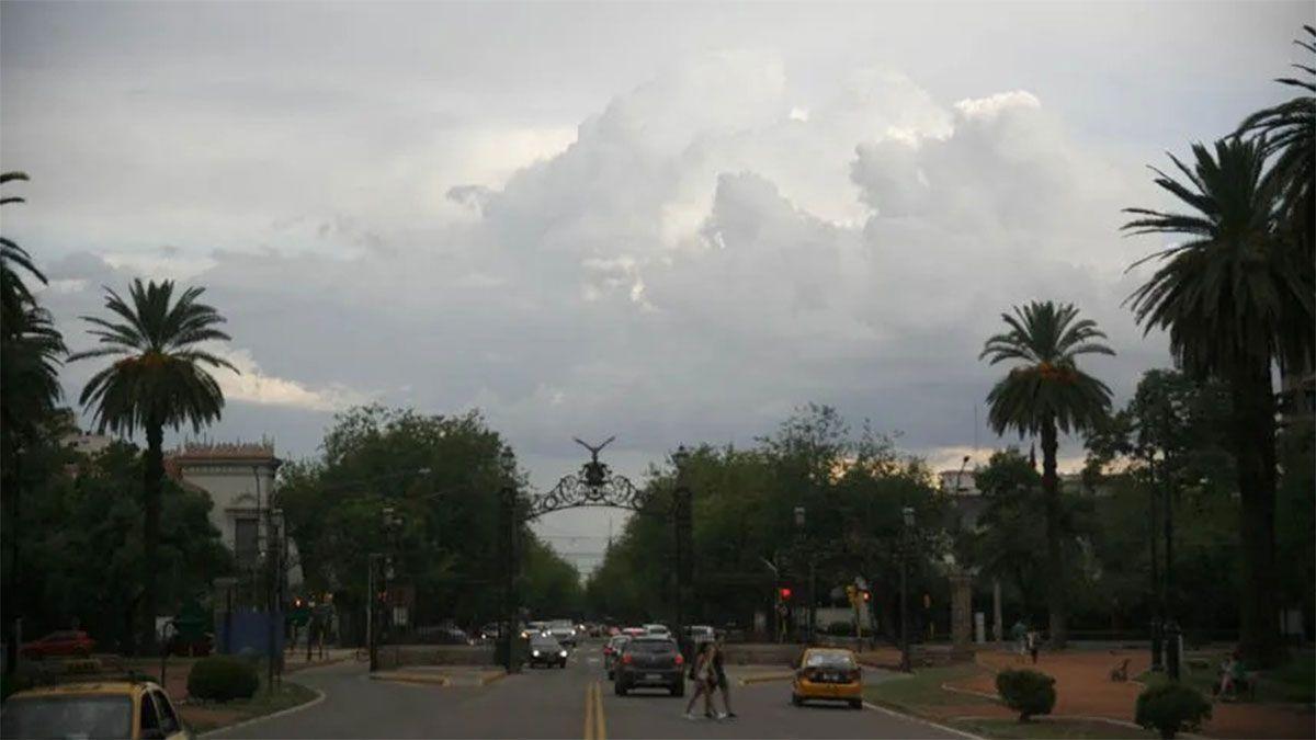 Alerta por fuertes vientos y tormentas severas en Mendoza para este fin de semana.
