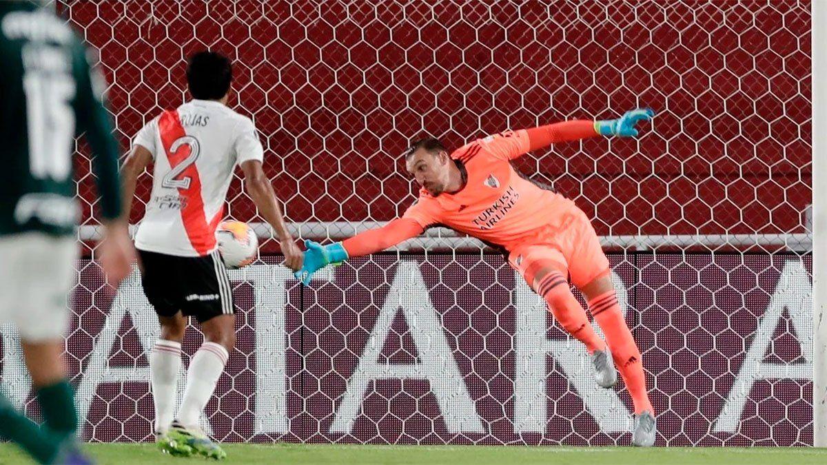 Franco Armani se equivocó y Palmeiras no lo perdonó