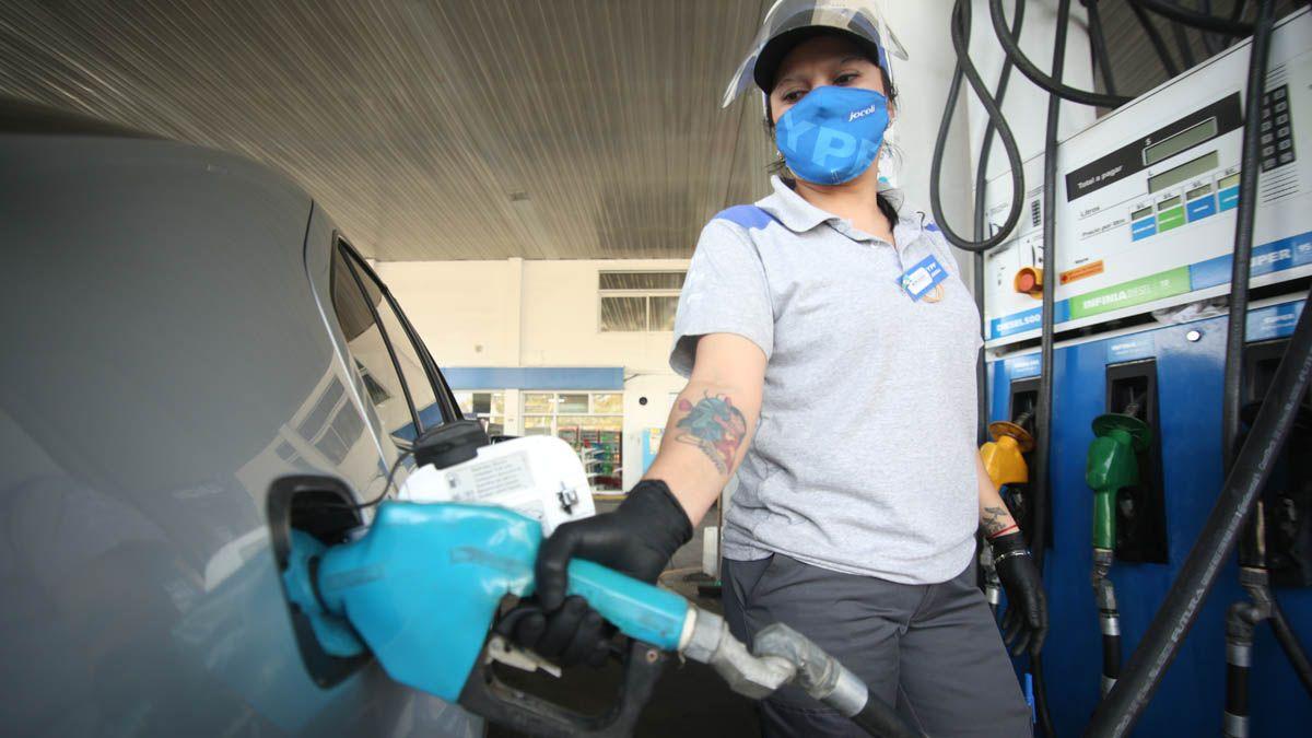 Dos terceras partes de las estaciones de servicio se encuentra en riesgo de cierre según un informe por la baja en las ventas de combustible por la pandemia.