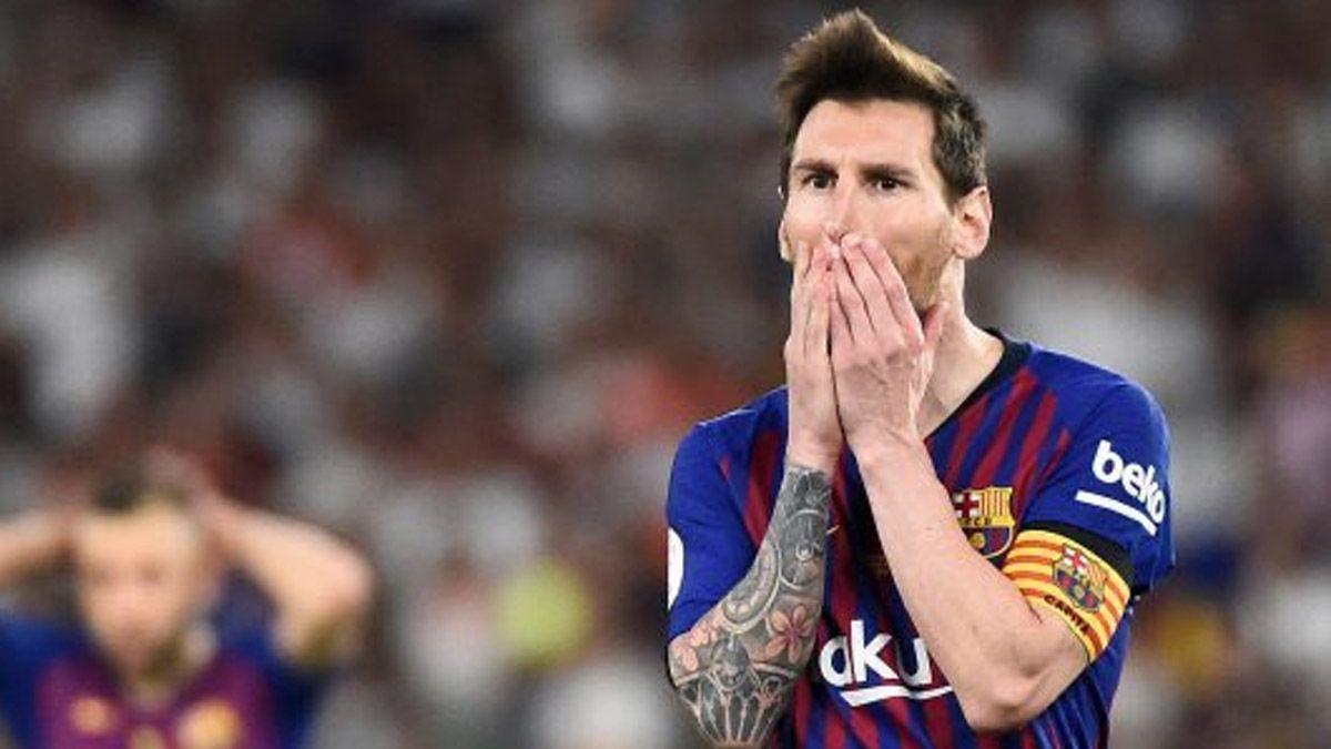 Hinchas del Barcelona increparon al presidente del PSG