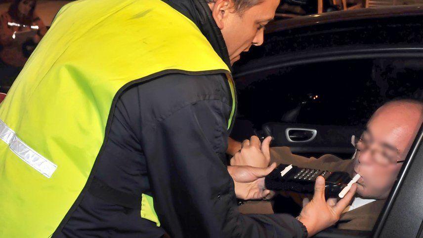 La Policía ya puede emitir multas superiores a $100.000 por conducir ebrio